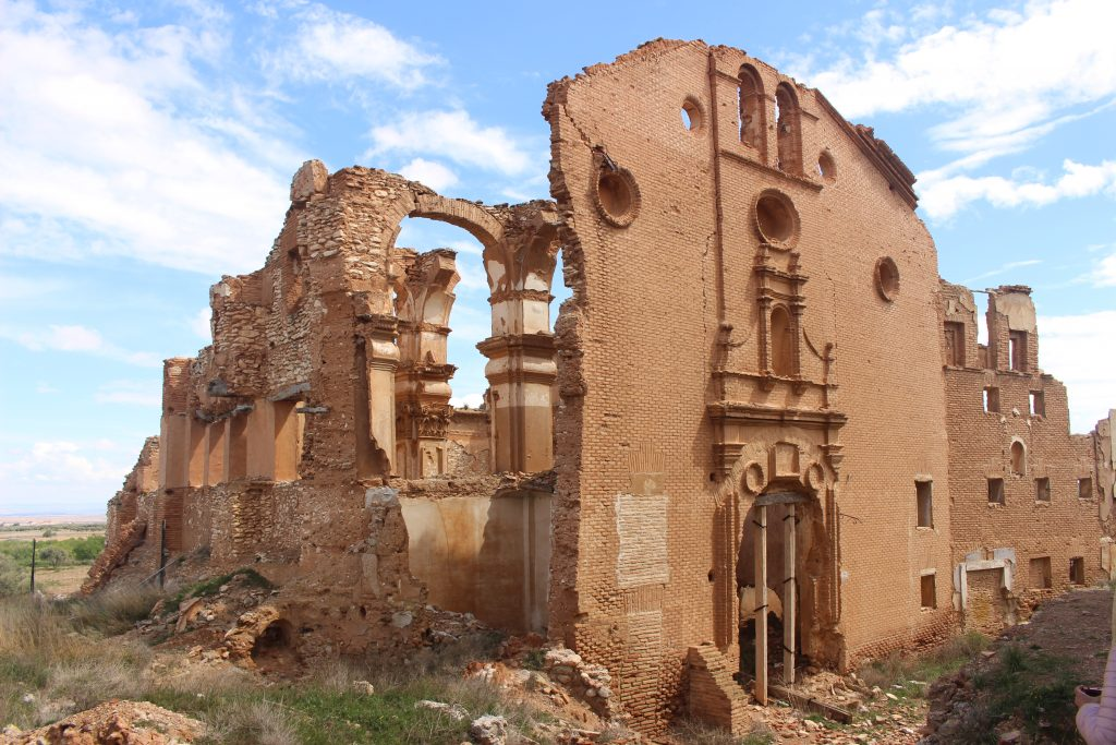 Estructura derruida Belchite Viejo